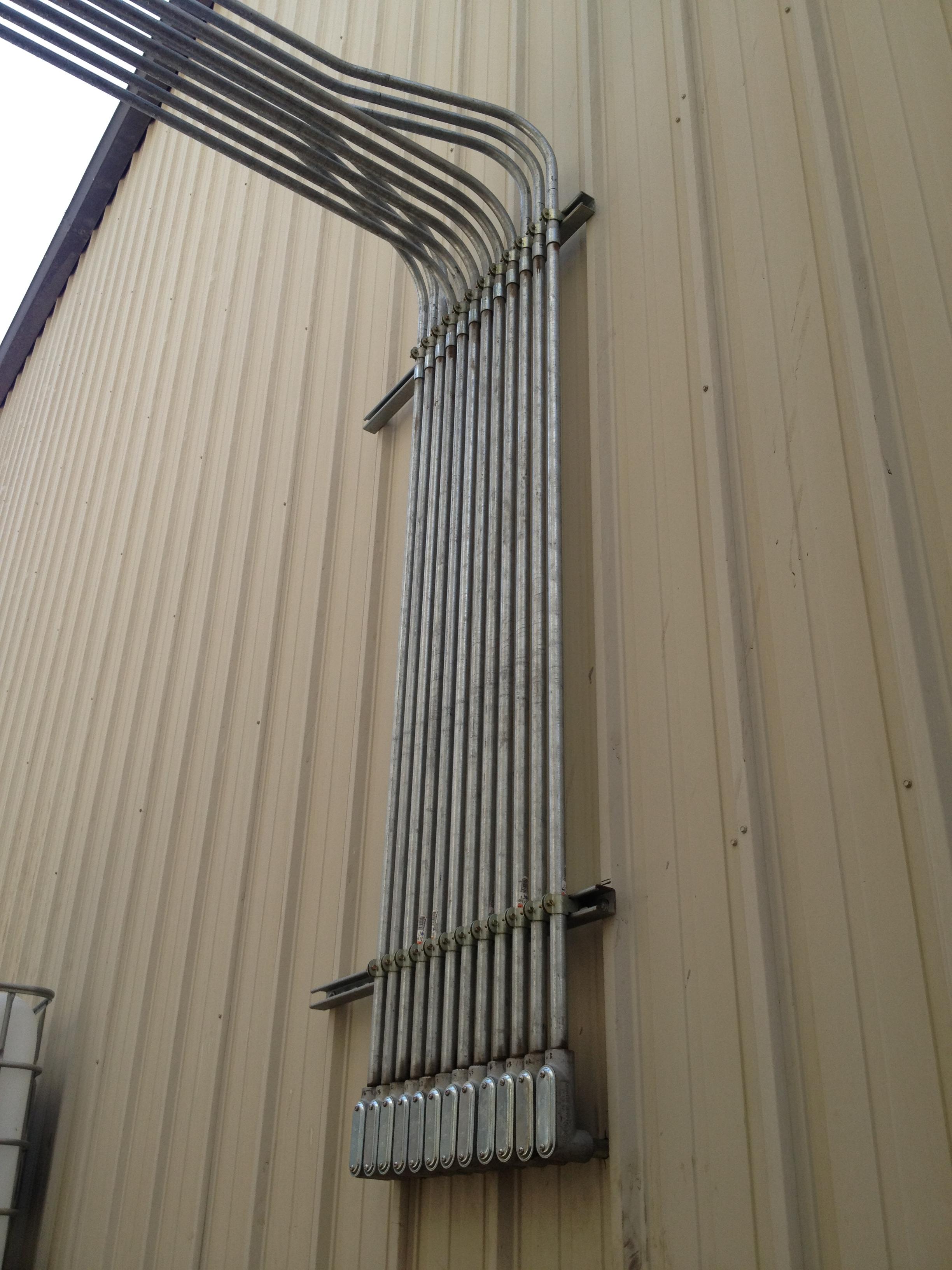 Custom bends on rigid pipe